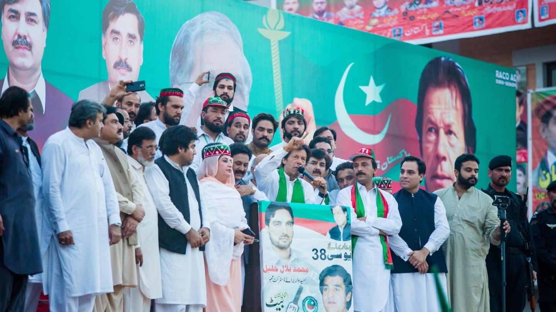 Tehreek-e-Insaf (PTI) Chairman, Imran Khan addresses to public meeting held at Shahi Bagh in Peshawar, Pakistan on May 27, 2015. Photo: Awais Khan
