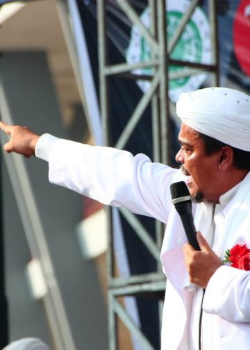 Parade Tauhid or Parade of Tawheed, muslim marched from central stadium to the central city of Jakarta and back. Muhammad Riziq Shihab was giving oration in Jakarta, Indonesia on August 17 2015. Photo: Riana Ambarsari